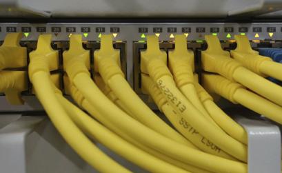 router con tante connessioni di rete