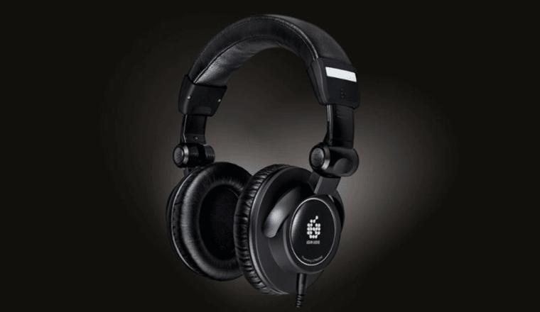 la cuffia di riferimento adama audio studio pro sp5