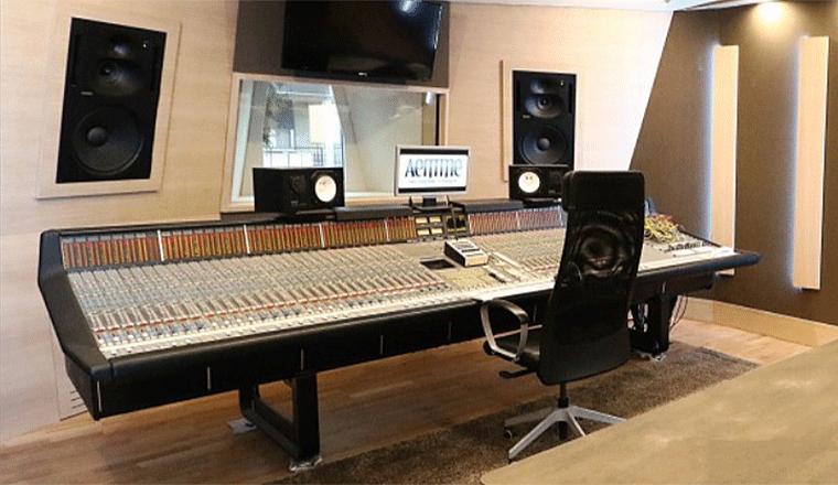 lo sala mix dello studio di registrazione aemme recording